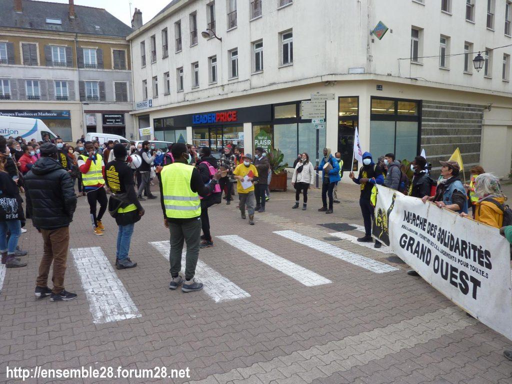 2020-10-12 Marche Sans-Papiers Nogent-le-Rotrou Photo 4