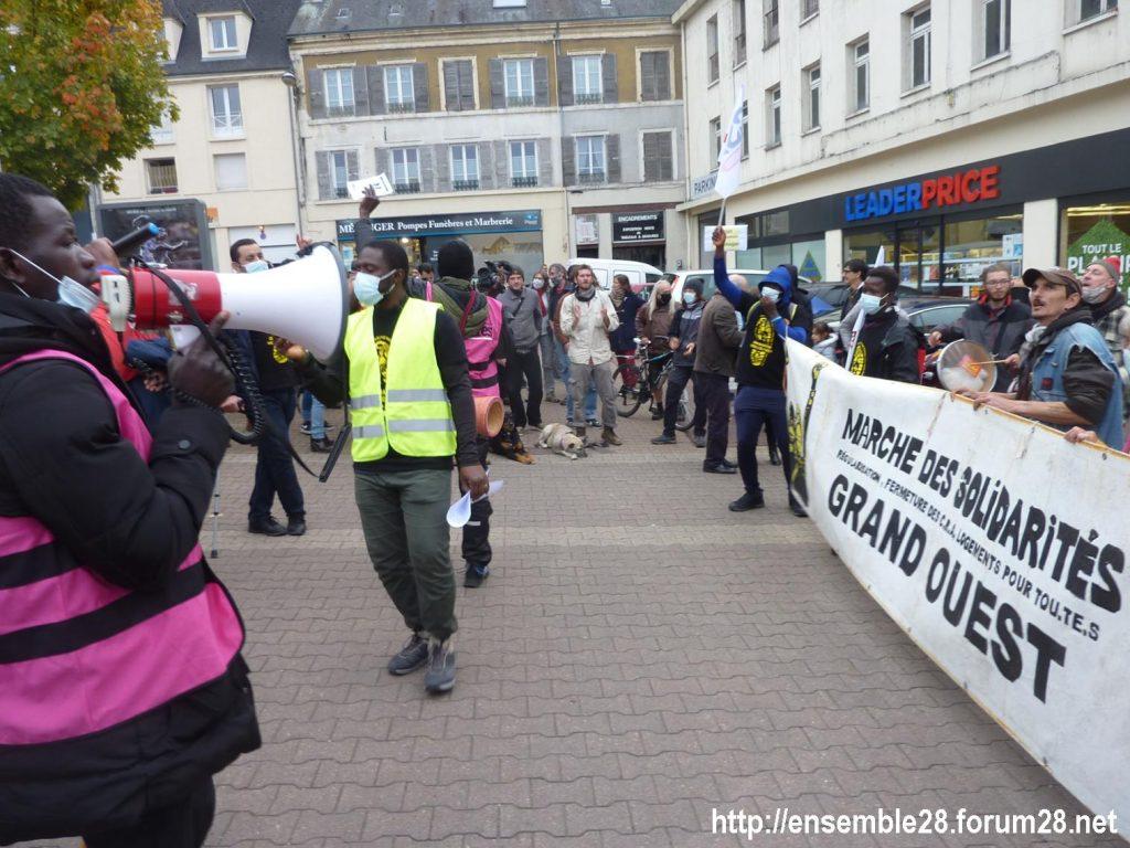 2020-10-12 Marche Sans-Papiers Nogent-le-Rotrou Photo 5