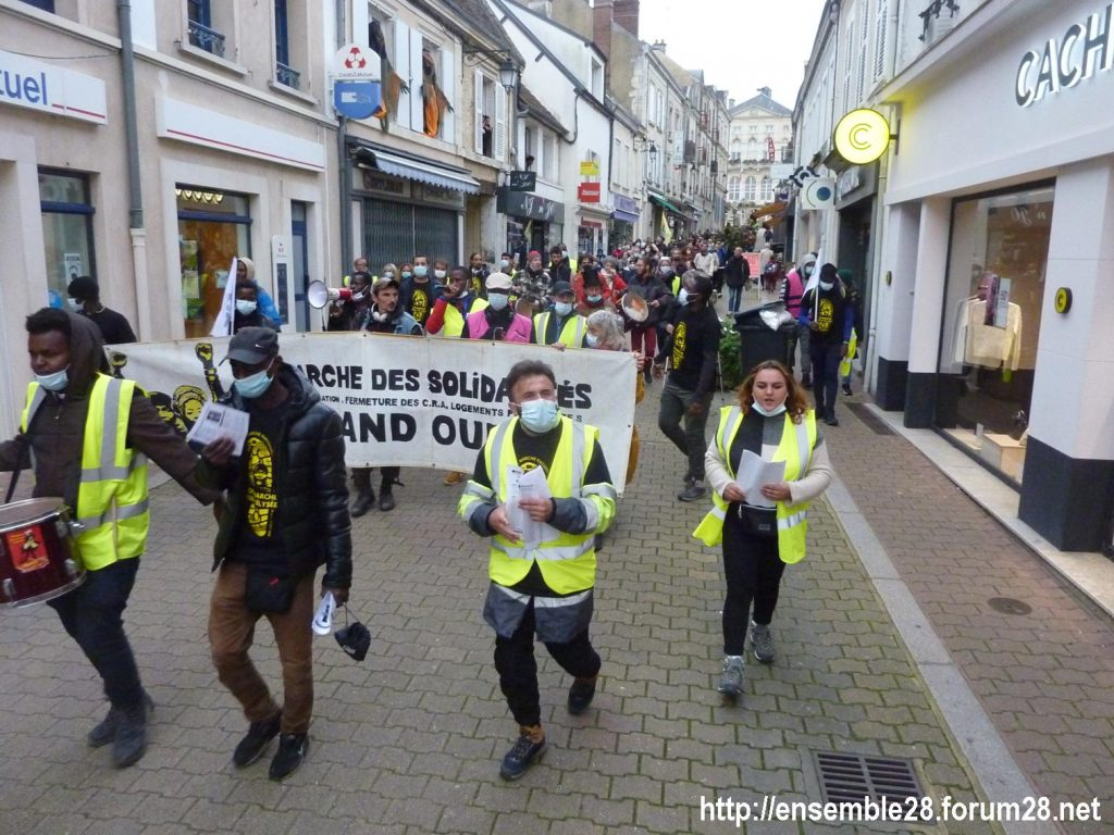 2020-10-12 Marche Sans-Papiers Nogent-le-Rotrou Photo 9