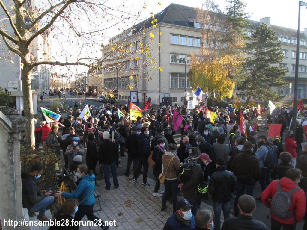 Chartres 28-11-2020 Rassemblement Loi Sécurité globale 01