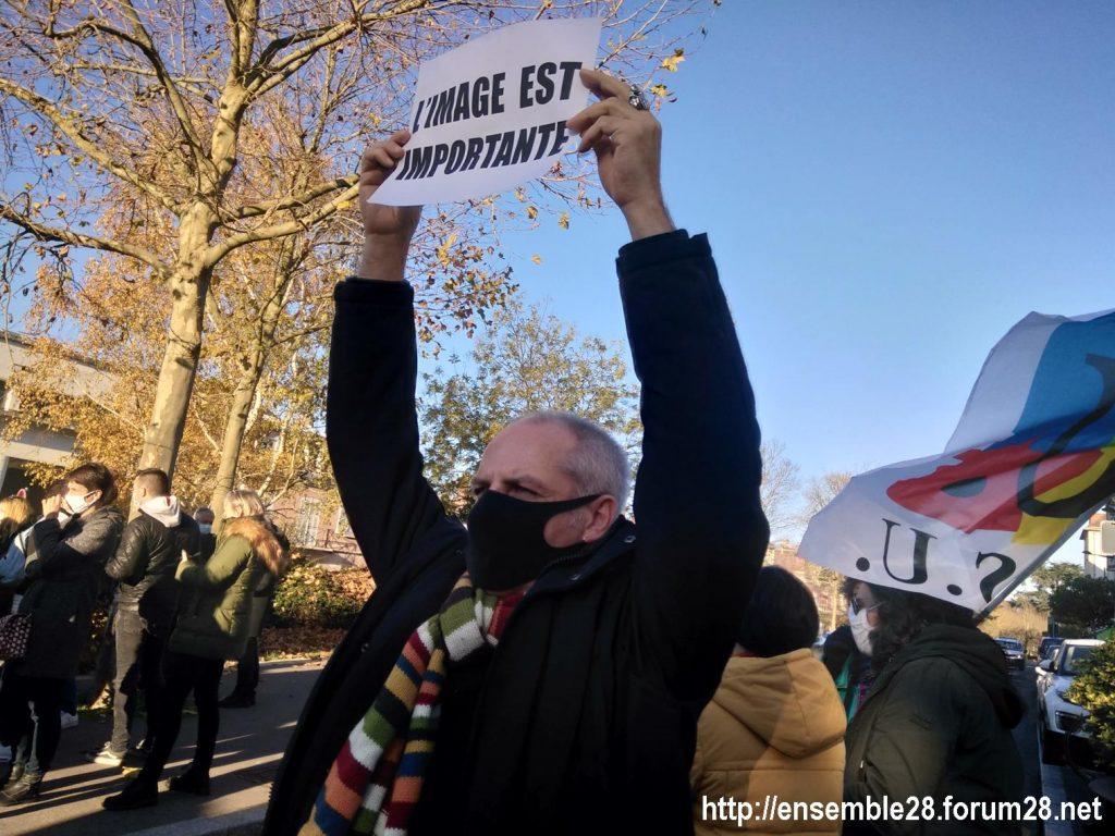 Chartres 28-11-2020 Rassemblement Loi Sécurité globale 07