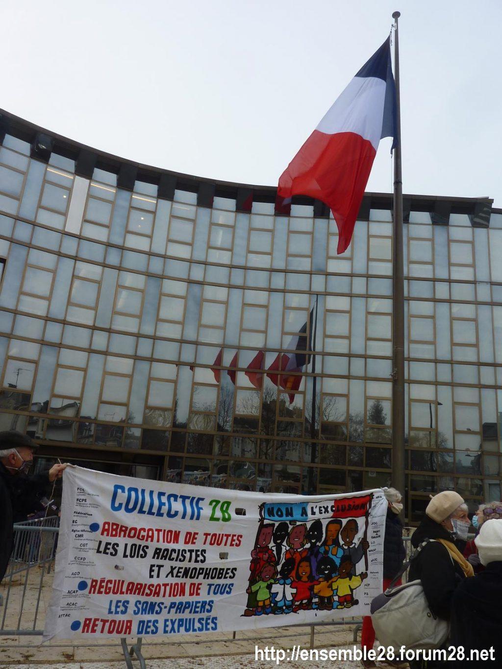 Chartres 18-12-2020 Rassemblement AERéSP Journée internationale des Migrants 01